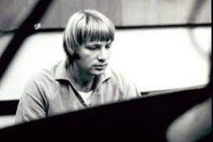 Larry Knechtel (3)